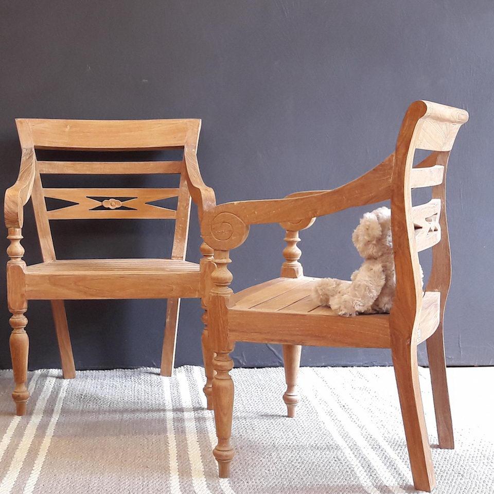 massiver kinderstuhl classic moebel kolonie. Black Bedroom Furniture Sets. Home Design Ideas