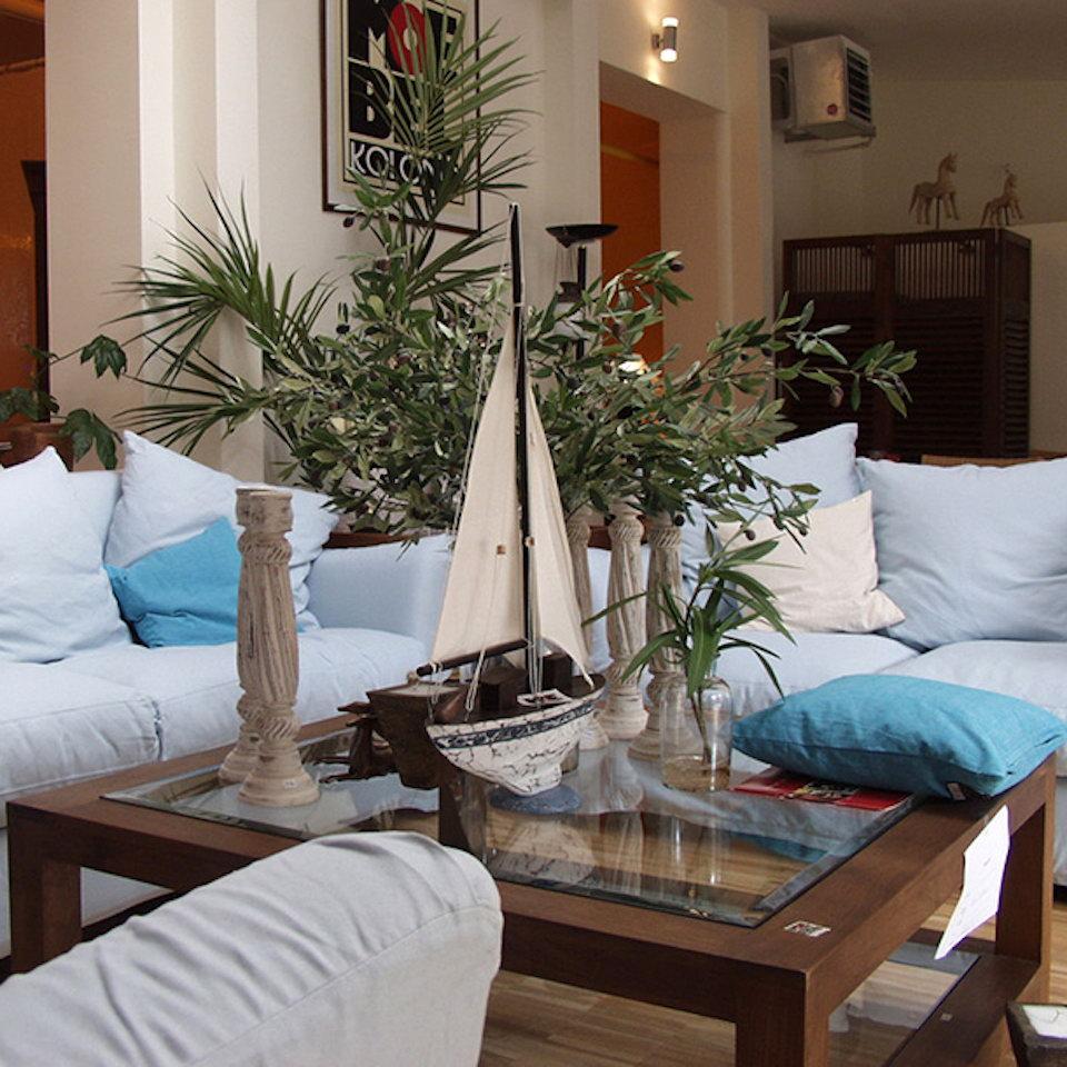 massiver sofatisch frankfurt moebel kolonie. Black Bedroom Furniture Sets. Home Design Ideas