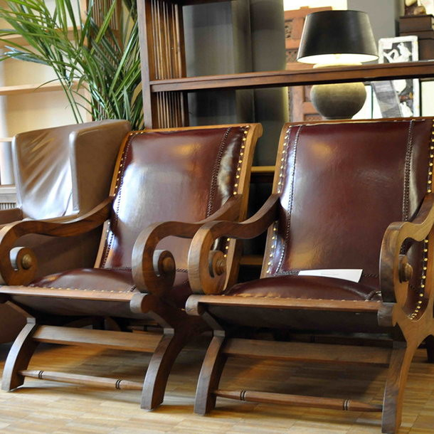 Massiver Lounge Chair Colonial Leather